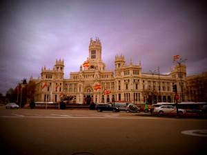 Me gusta España, no me gustas tú. Me gusta Madrid, no me gustas tú.