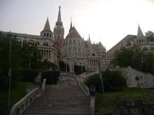 Encuentre a la tica en la foto. Bastión de los pescadores. Budapest.