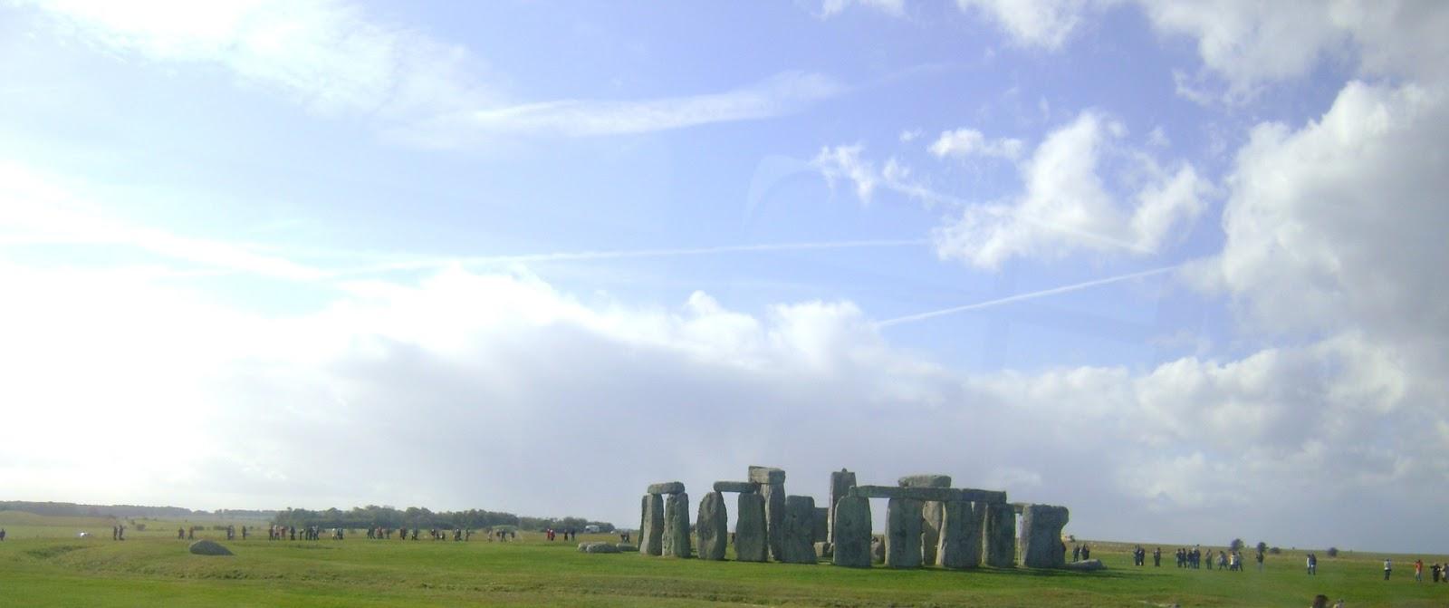 Stonehenge a la distancia... geográfica y monetaria.