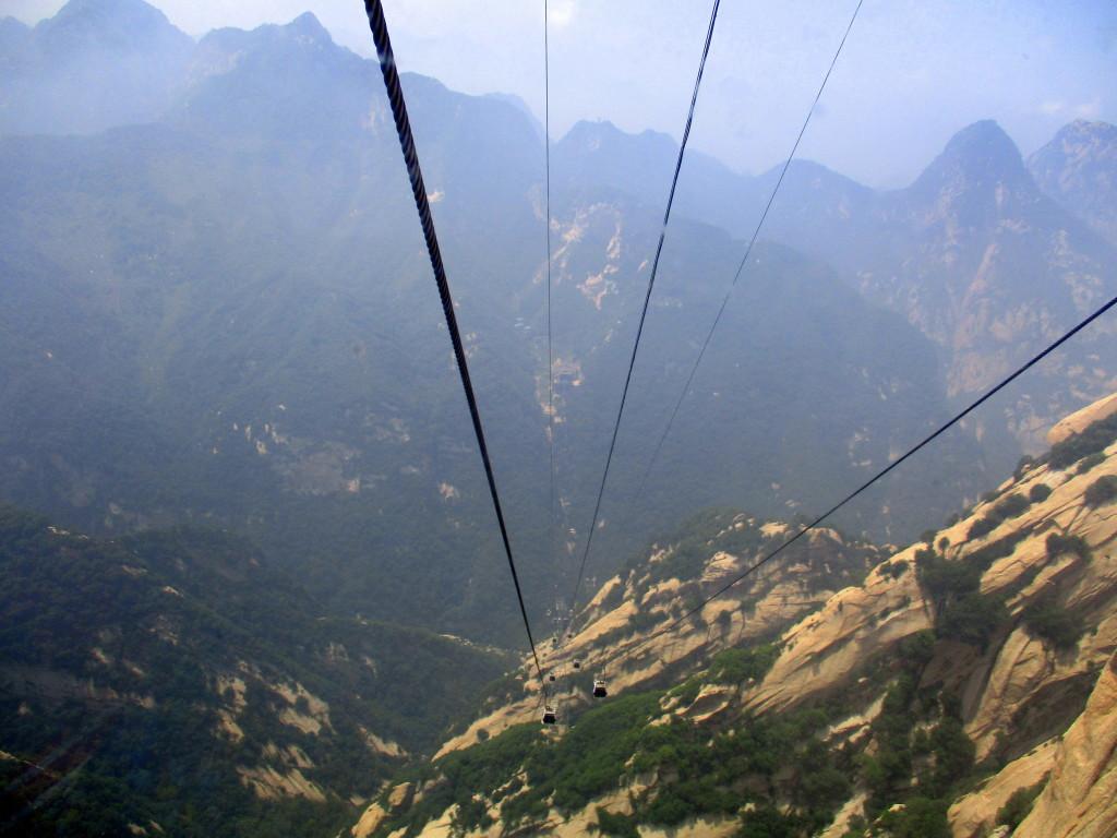 Sigue el ascenso. Teleférico oeste. Mount HuaShan.