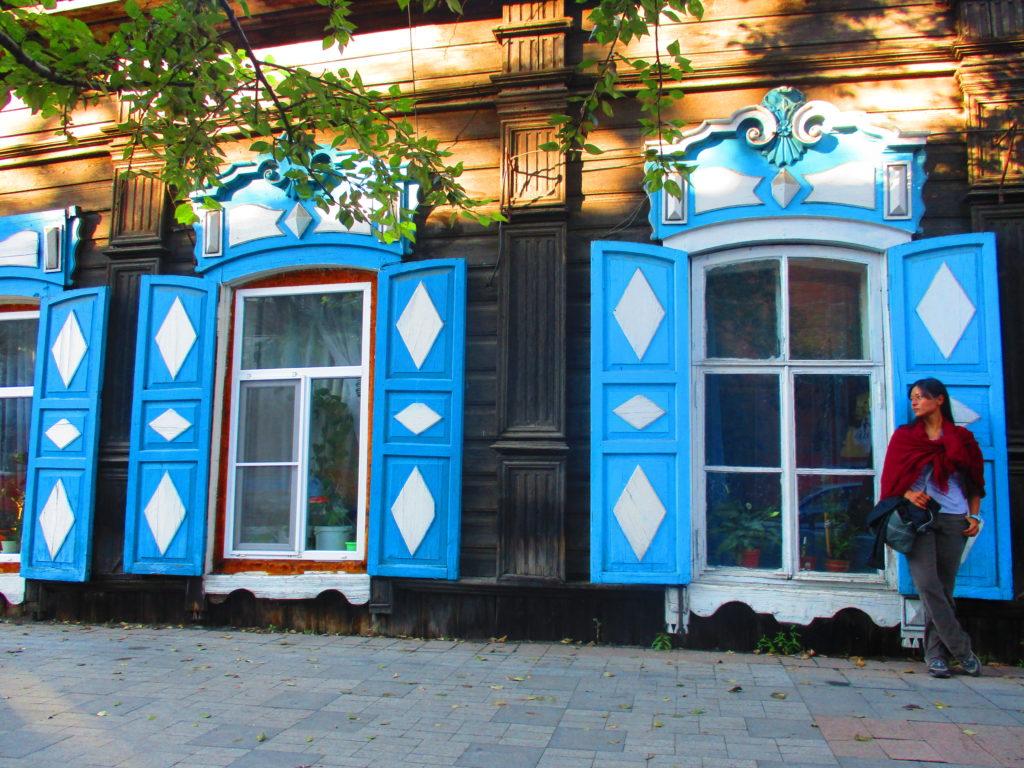 Casa típica siberiana. #YoTambiénFuiEsposaDeUnMilitarRusoRebeldeEnUnaVidaPasada. Irkutsk, Rusia.