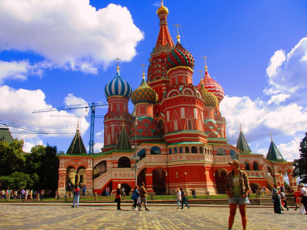 En la Plaza Roja, en Moscú, última para oficial del Transiber... ¡Ah, no, suave! Todavía no llegamos ahí. Faltan como 127 horas de tren. :p